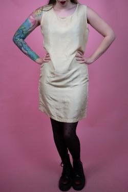 Hodvábne maslové šaty - S