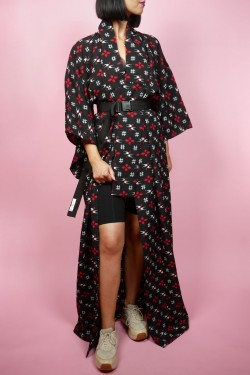 Čierne japonské kimono s červenými vzormi - UNI